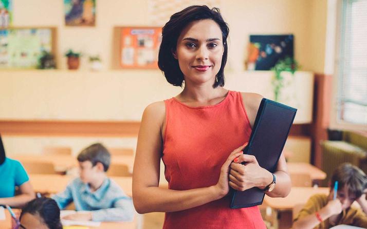 Öğretmen maaşları 2021 en düşük maaş kaç para oldu?