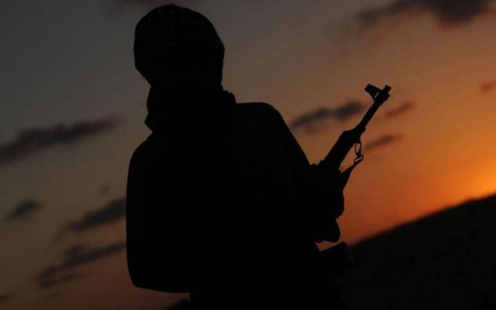 PKK'da büyük çöküş! 5 terörist daha teslim oldu biri 28 yıldır örgütteydi