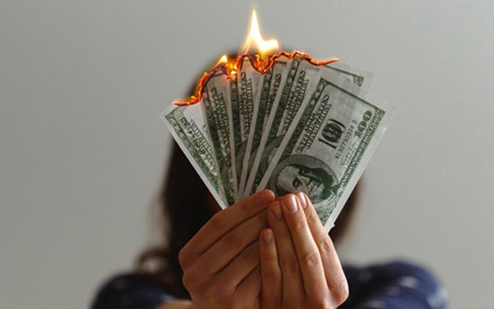 Dolarda serbest düşüş! İşte piyasalarda haftanın açılış rakamları