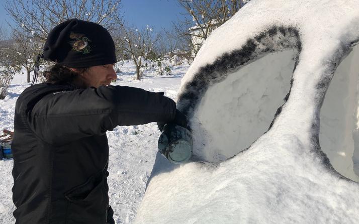 Sakarya'da kardan yapmak için 4 gün uğraştı! Gören hayrete düştü