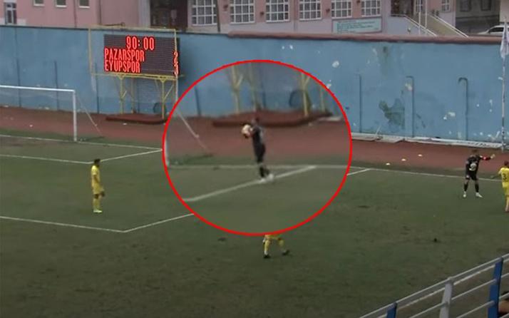 Kaleci sahaya ikinci topu attı, verilen penaltı kararı ortalığı karıştırdı