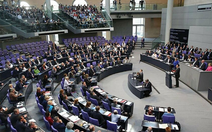 Türkiye'ye silah ambargosu Alman meclisinin gündeminde