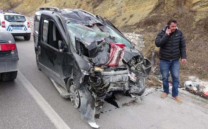 Samsun'da oğullarını askere teslim eden aile kaza yaptı: 3 ölü