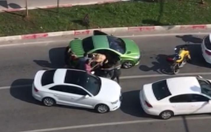 Trafikte 3 kadına sopayla şiddet uygulayan sanığa 1 yıl 3 ay hapis