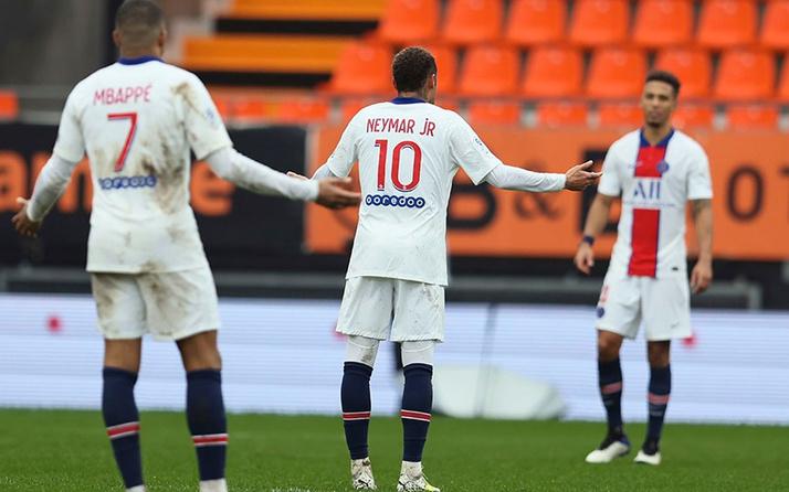 Paris Saint-Germain 10 dakikada paramparça oldu