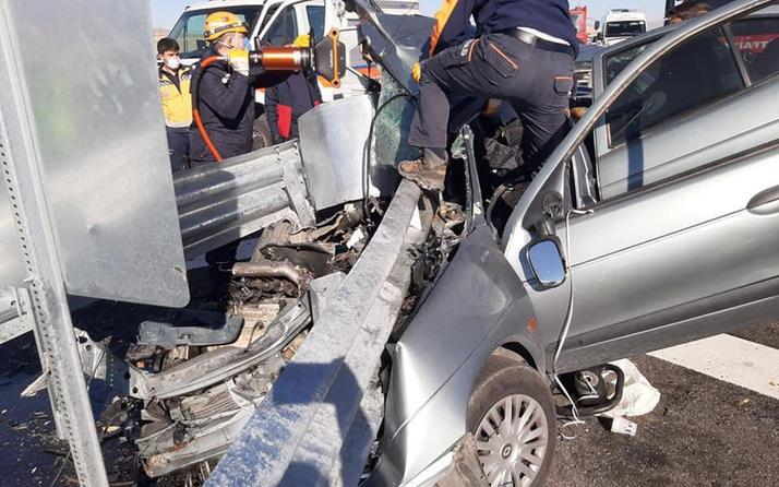 Niğde'de otomobil refüje çarptı: 2 ölü