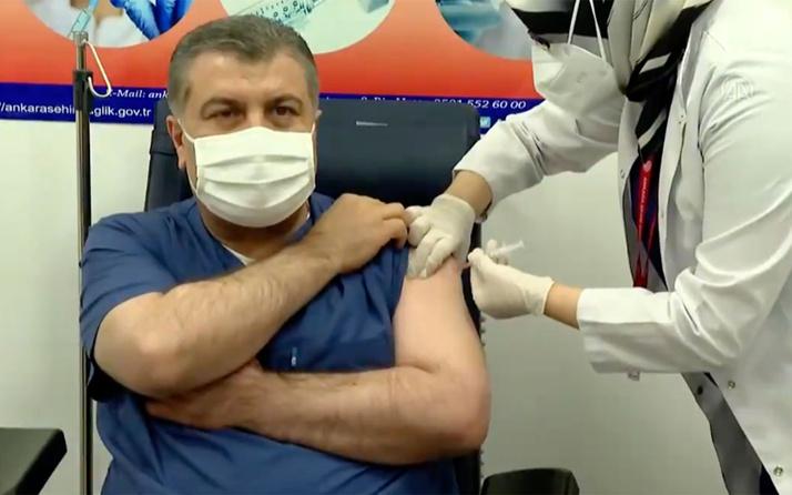 Fahrettin Koca: Aşı olanın kendine güveni artar