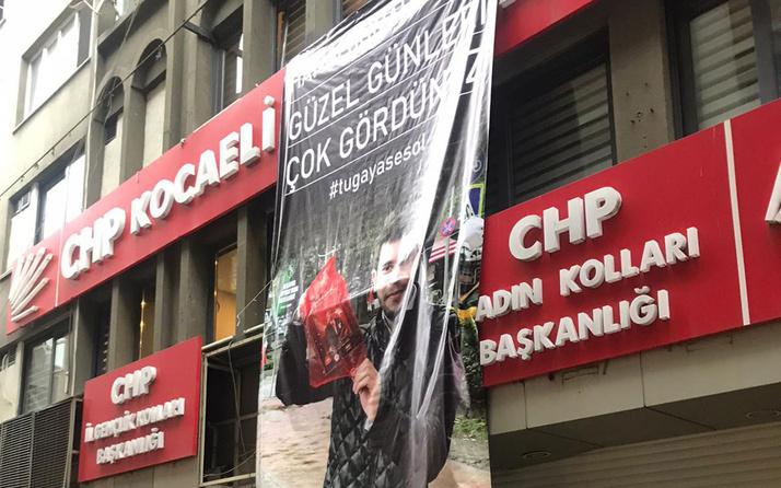 CHP'yi sarsan intihar! istifalar yağmur gibi geldi gençler 'bıçak kemiğe dayandı' sloganları attı