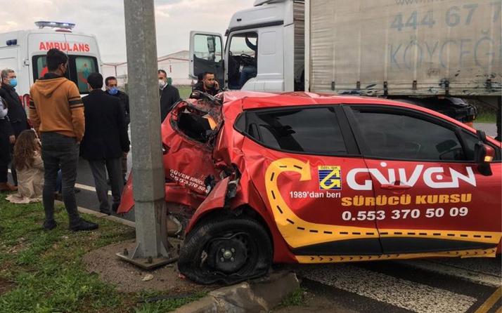 Aydın'da feci kaza! TIR sürücü adayının aracına çarptı: Yaralılar var