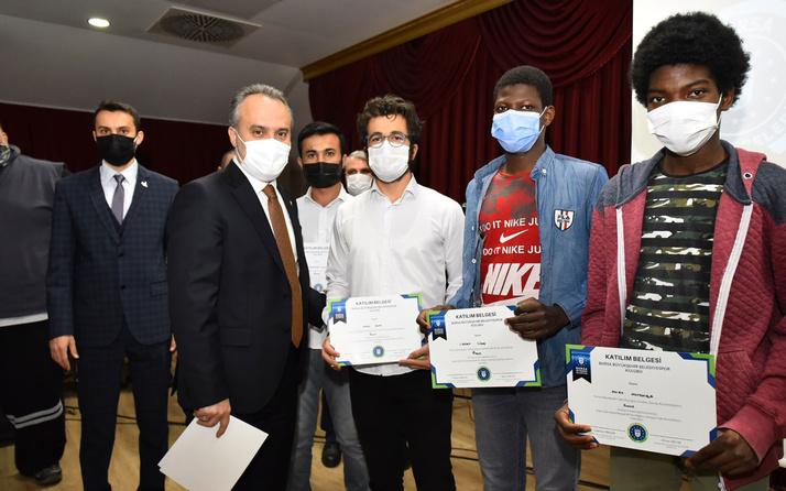 Yabancı öğrenciler pandemi esaretinde sporla moral buldular