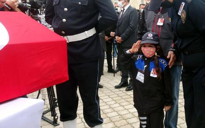 Türkiye Gara şehitlerine ağlıyor: 7 yaşındaki Zeynep babasını asker selamıyla uğurladı
