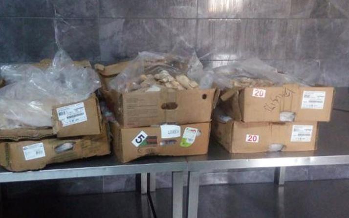 Tuzla'da gıda terörü! Son kullanma tarihi geçmiş 70 kilo et ele geçirildi