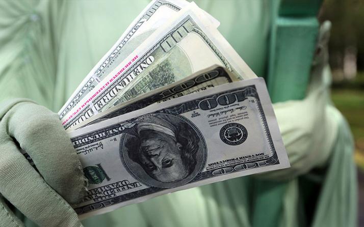 Ekonomist Atilla Yeşilada'dan korkutan sözler: Dolar düşmezse başımız belada