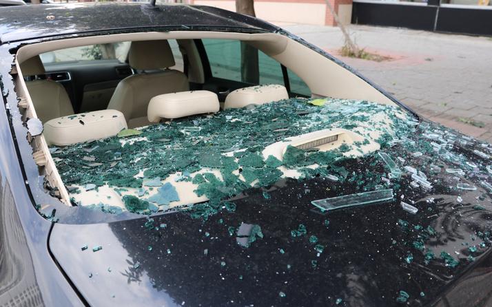 Adana'da bomba gibi patladı neye uğradığını şaşırdı: Evin içerisi berbat olmuş.