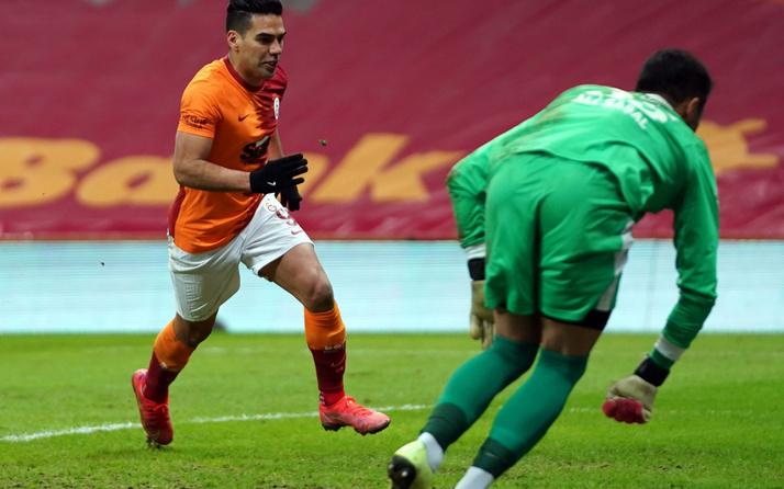 Falcao gollerle döndü ülkesinde gündem oldu