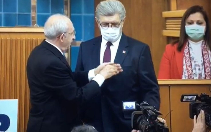 Eski Saadet Partili Cihangir İslam CHP'ye katıldı! Kılıçdaroğlu parti rozetini taktı
