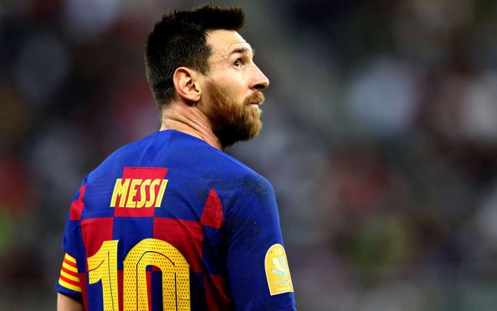 Barcelona gelecek sezon takımı yeniden kuruyor