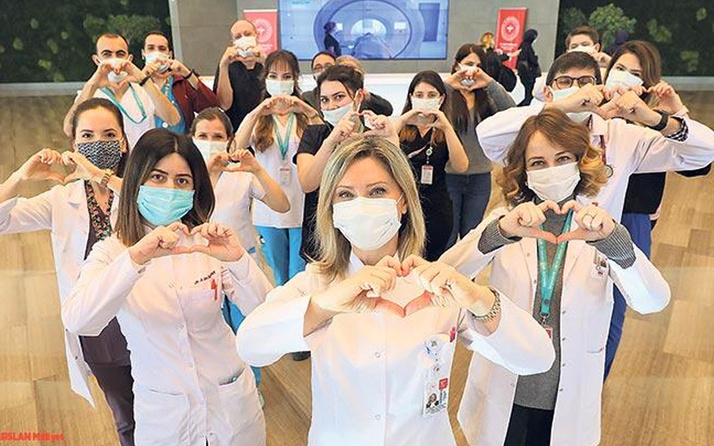 Tıp Bayramı'nda kahraman sağlık çalışanlarından 'salgın' mesajı! Tek başımıza mümkün değil