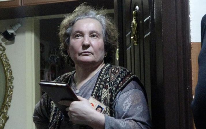 Sivas'ta 'sinyal evinden geliyor' deyip yaşlı kadına kabusu yaşattılar