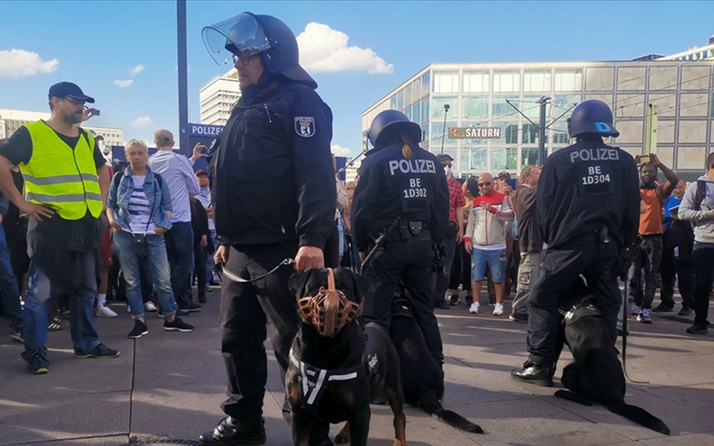 Almanya'da aşırı sağcıların işlediği suçlar 2 yıldan beri yeniden artışa geçti
