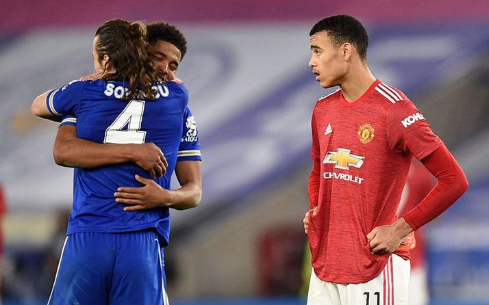 Leicester City Manchester United'ı eledi! Diğer yarı finalist Chelsea