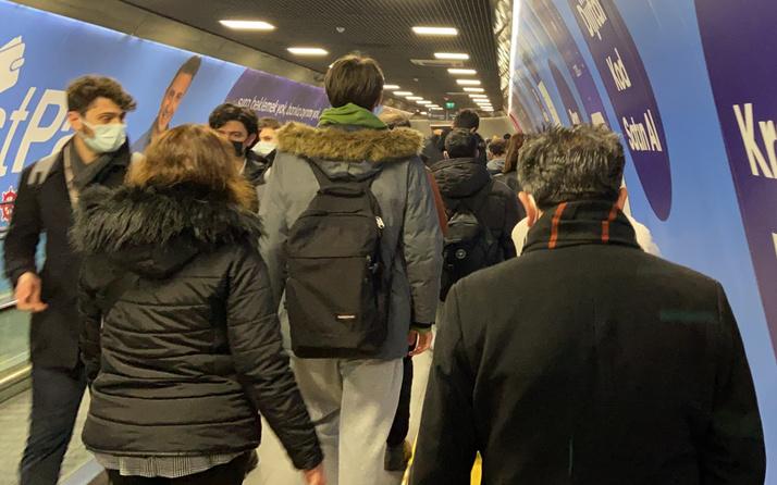 İstanbul Yenikapı metrosunda korkutan kalabalık