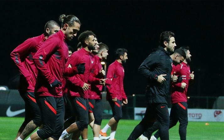 A Milli Futbol Takımı'nda iki futbolcu aday kadrodan çıkartıldı