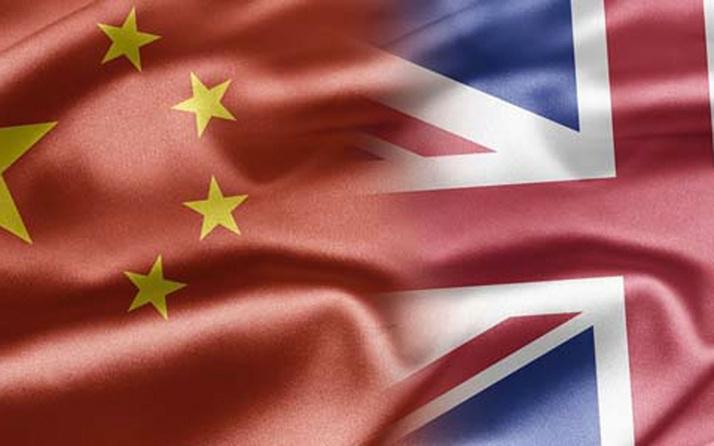Çin Uygur Türklerine baskı uyguladığı gerekçesiyle yaptırım uygulayan İngiltere'ye misilleme yaptı
