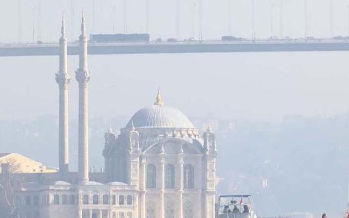 Haliç, Balat ve Karaköy...Hava kirliliği tarihi yapıları yok ediyor