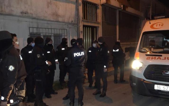 Bursa'da kısıtlamada 'dur' ihtarına uymayan kadın sürücü bekçiye çarptı