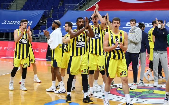 Anadolu Efes ve Fenerbahçe Beko'nun play-off'taki rakipleri belli oldu