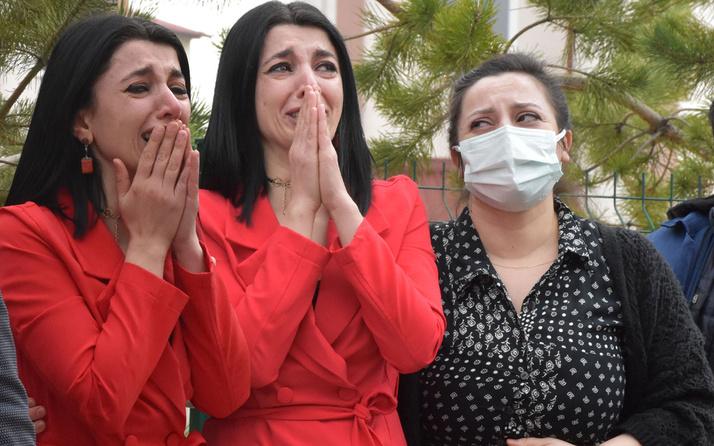 Yangını gözyaşları içinde izledi! Sivas'ta sadece 1 hafta önce açılmıştı