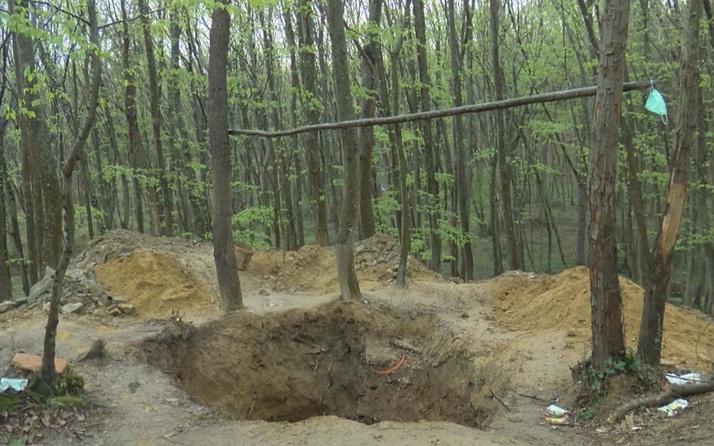 Belgrad Ormanı'nda define avı! Devasa çukur şaşkına çevirdi