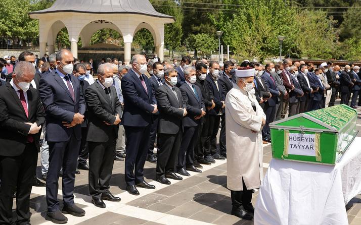 AK Parti MKYK Üyesi Şamil Tayyar'ın babası Hüseyin Tayyar son yolculuğuna uğurlandı