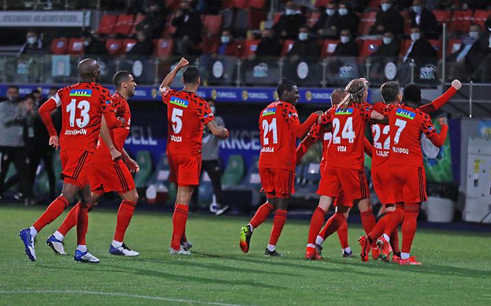 Çaykur Rizespor Beşiktaş maçı golleri ve geniş özeti