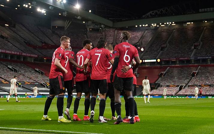 Manchester United, Roma'yı paramparça etti: Yarım düzine gol