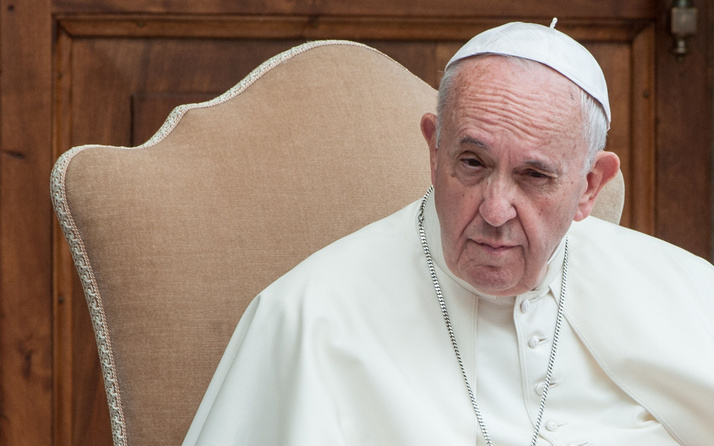 Papa'dan cinsel istismar itirafı: Krizdeyiz