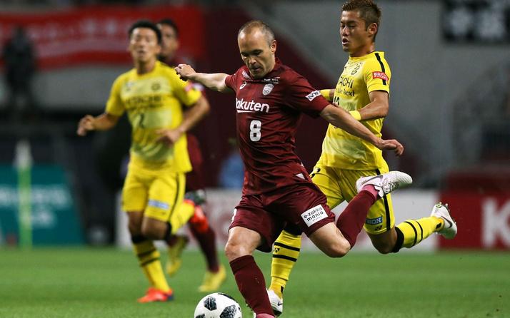 Iniesta iki yıl daha Vissel Kobe forması giyecek
