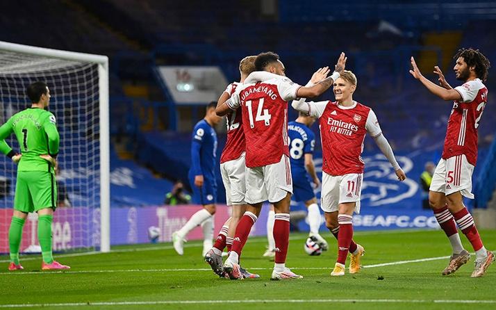Arsenal deplasmanda Chelsea'yi devirdi