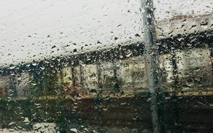 Meteoroloji saat verip uyardı! Marmara Bölgesi'nde kuvvetli sağanak bekleniyor