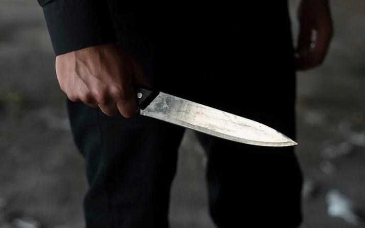 Kayseri'de 15 yaşındaki kız dehşet saçtı! Babasını kanlar içinde bıraktı