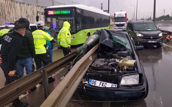 Kocaeli Gebze'de korkunç kaza! Otomobil bariyere ok gibi saplandı