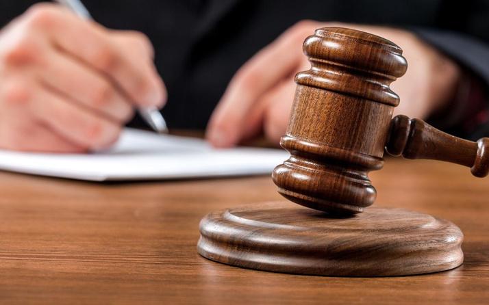 Kayseri'de 'erkek adama hesap sorulmaz' deyip eşine yumruk atan kocaya para cezası