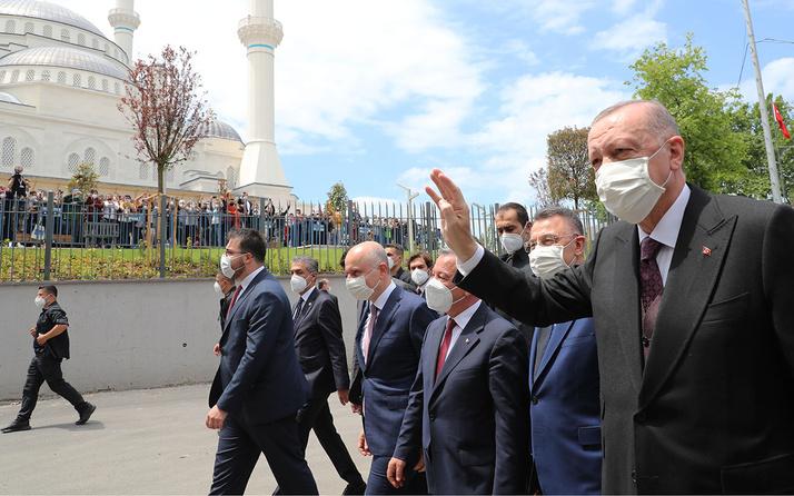 Cumhurbaşkanı Erdoğan'dan flaş açıklamalar! Camilerimizi hedef almaktan çekinmiyorlar