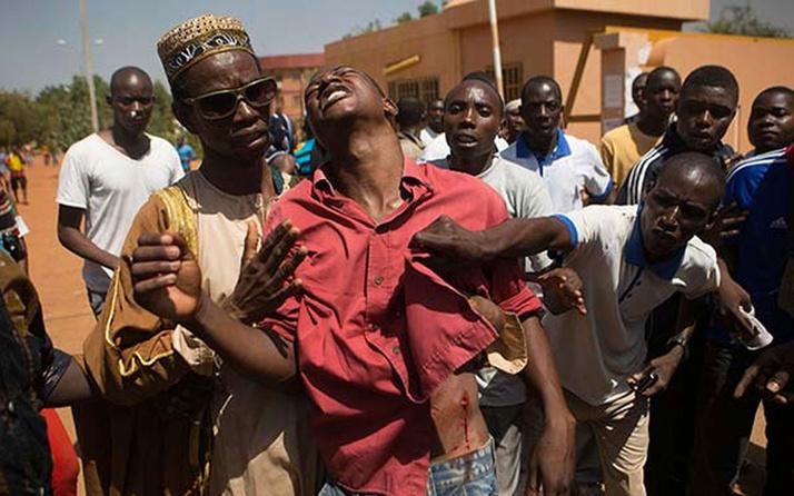 BurkinaFaso'nun kuzeyine düzenlenen saldırıda 100 sivil öldü
