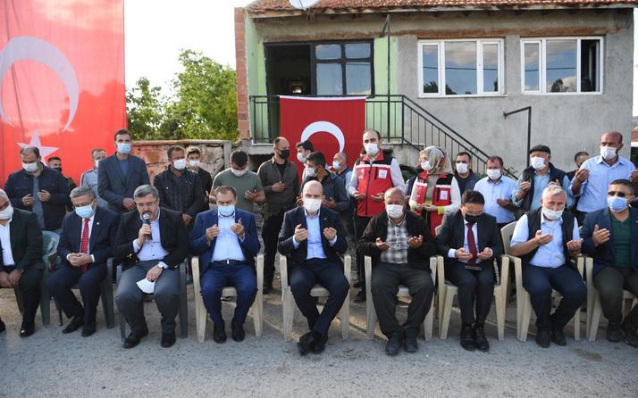 Bakan Süleyman Soylu'dan şehit ailesine taziye ziyareti
