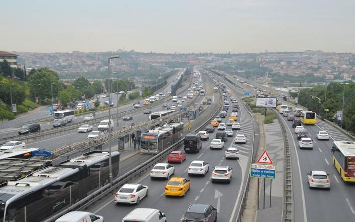 İstanbul'daki araç sayısı 22 ilin toplam nüfusu kadar! Megakentte 4 milyon 587 bin 836 kayıtlı araç var