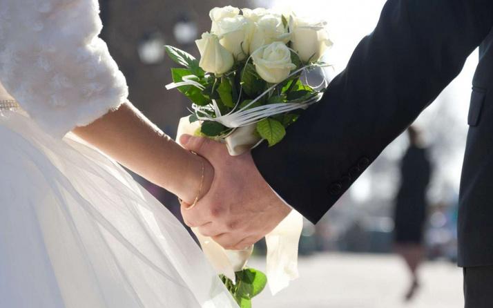 Kilis'te aşıya teşvik! Kovid-19 aşısını olan çiftlerin düğünü yüzde 50 indirimli yapılacak