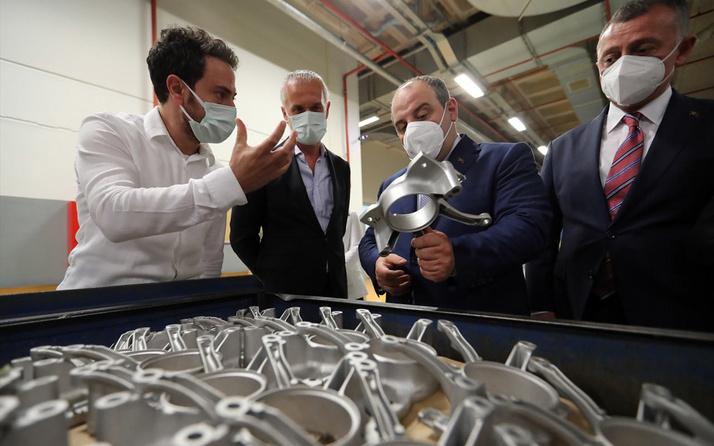 Bakan Mustafa Varank yüksek basınçlı alüminyum döküm otomotiv parçası üreten firmayı ziyaret etti