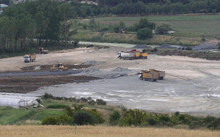 Kanal İstanbul'un ilk köprüsünün çalışmaları tüm hızıyla sürüyor